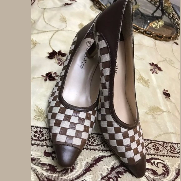 Bella Vita Women's Size 8.5 Chess Check Brown White Kitten Heel Pump 0